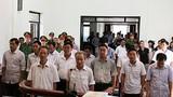 Các bị cáo sai phạm đất ở Đồng Tâm cúi đầu lĩnh án