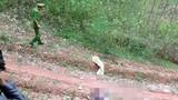 Tình tiết mới người phụ nữ nằm chết bất thường trên đường mòn