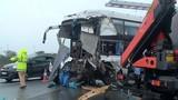 Xe cứu hỏa gây tai nạn kinh hoàng trên cao tốc ở Hà Nội