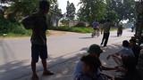 Vợ thất kinh thấy chồng quản trang chết treo cổ ở Hà Nội
