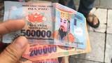 Hà Nội vào cuộc vụ khách Tây nghi bị xích lô trả lại tiền âm phủ