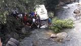 Lai Châu: Xe bồn mất phanh đâm kinh hoàng xe khách, 11 người tử vong