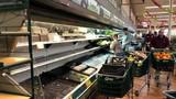 """Bị khách ho vào thực phẩm, siêu thị """"đau lòng"""" mất trắng 35.000 USD"""