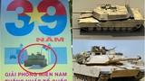 """Tranh cãi pano 30/4 """"cho"""" xe tăng Mỹ húc cổng Dinh Độc Lập"""