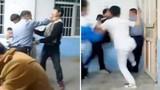 Kinh hoàng học sinh đánh thầy giáo dã man trong lớp học