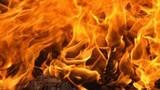 Cháy nhà kinh hoàng giữa trưa: Mẹ chết cháy, 2 con bỏng nặng