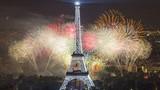 """""""Kinh đô ánh sáng"""" Paris nhìn từ trên cao"""