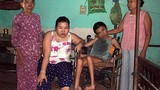 Đau xé lòng cảnh mẹ nuôi hai con bị bệnh hiểm nghèo