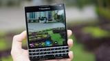 Điện thoại BlackBerry Passport độc dị, nên mua hay không?
