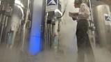 """""""Đột kích"""" cơ sở đông lạnh người chờ hồi sinh lớn nhất thế giới"""
