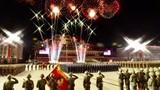 Ông Kim Jong Un rơi nước mắt trong lễ duyệt binh