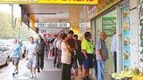 Tận mục bánh mì Việt tại Australia