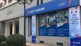 """Khách gửi 100 tỷ, VietABank """"làm khó"""" không cho rút?"""