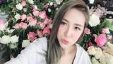 """Người mẫu gốc Hoa xinh đẹp cuốn hút trên sân bóng """"phủi"""" Việt"""