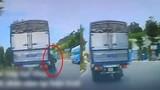 Video: Truy tìm xe tải bỏ chạy sau tai nạn