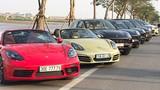 """Dàn xế sang tiền tỷ Porsche """"show hàng"""" tại Hà Nội"""
