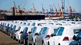 Ôtô bị làm giá, dân buôn kiếm lãi 500 triệu đồng/xe