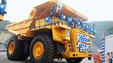 """Cận cảnh xe tải """"khủng"""" BelAZ mới giá 35 tỷ ở VN"""
