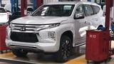"""Mitsubishi Pajero Sport 2020 mới """"lộ hàng"""" trước ngày ra mắt"""