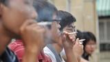 Bộ Y tế cấm hút thuốc lá trong đám ma, đám cưới?