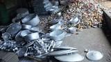 Nguy hiểm khôn lường từ đồ dùng bằng nhôm tái chế