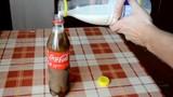 Điều gì xảy ra khi đổ sữa vào Coca Cola?
