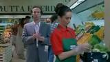 Chiêu trộm đồ trong siêu thị tinh vi chưa từng thấy