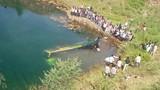 Xe buýt lao xuống sông khiến ít nhất 43 người thiệt mạng