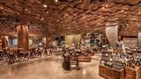 Bên trong cửa hiệu Starbucks lớn nhất thế giới tại TQ