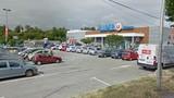 Nổ súng, bắt giữ con tin tại một siêu thị ở miền Nam nước Pháp
