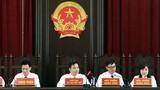 """Nhìn lại 12 ngày """"nóng hầm hập"""" xét xử bác sĩ Hoàng Công Lương"""