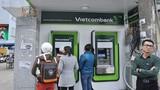 """Ngân hàng Nhà nước lần thứ 2 """"tuýt còi"""" tăng phí ATM"""