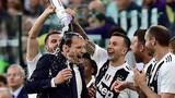 Ronaldo ăn mừng phấn khích trong ngày giành Scudetto
