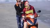 Hotgirl Chipu tình tứ với bạn trai bên Honda RSX FI