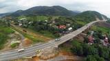 Mãn nhãn cảnh hùng vĩ cao tốc HN - Lào Cai nhìn từ trên cao