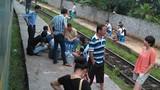 Sạt lở đất, hàng loạt chuyến tàu lên Lào Cai kẹt cứng