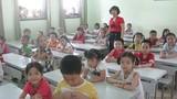 Hà Nội: Chen chúc 70 học sinh trong một lớp