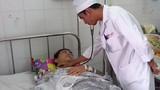 Bắt khẩn cấp đối tượng vào bệnh viện truy sát nạn nhân