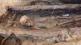 Kỳ lạ hài cốt 4 trẻ em Ai Cập cổ đại nguyên vẹn trong mộ cổ