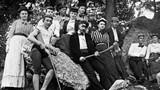 Giới trẻ xì tin thế kỷ 19 trông như thế nào?