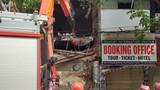 Có 1 người mắc kẹt trong nhà triệu USD bị sập tại phố cổ Hà Nội