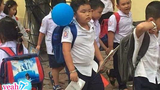 Con trai Xuân Bắc tựu trường: Một biểu cảm thay tiếng lòng triệu học sinh