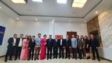 Chủ tịch VUSTA Phan Xuân Dũng chúc Tết cán bộ, nhân viên Viện Kinh tế và Phát Triển