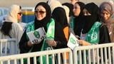 Phụ nữ Saudi Arabia lần đầu tiên được phép xem bóng đá trong đời