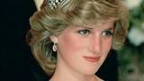 Những bộ trang phục nổi tiếng giúp Công nương Diana trở thành biểu tượng thời trang thế giới