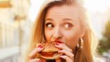 Dấu hiệu cảnh báo chế độ ăn của bạn thiếu rau xanh trầm trọng
