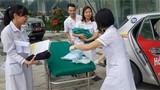 Sản phụ đẻ rơi con trai gần 3kg trên đường đến bệnh viện 108