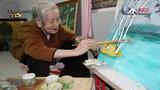 Cụ bà 95 tuổi vẽ 2.000 bức tranh đẹp mê hoặc