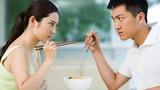 Video: Vợ chồng giận nhau có nên ngủ riêng không?