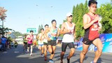 Gần 1500 vận động viên chinh phục đỉnh núi Bà Rá cùng Number 1 Active